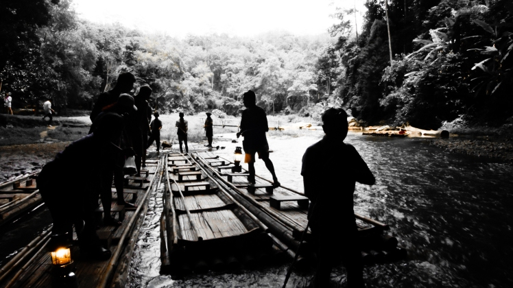 Lod caves, pai, thailand, black and white, bamboo boat, excursion
